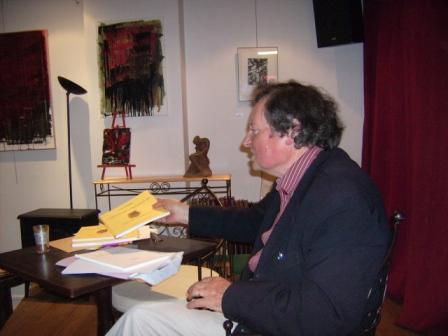 Luis PORQUET en lecture